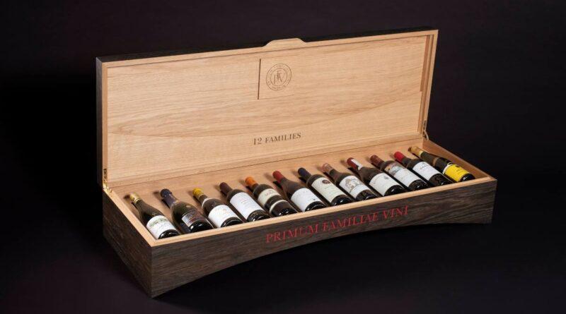 Estuche con los 12 vinos seleccionados